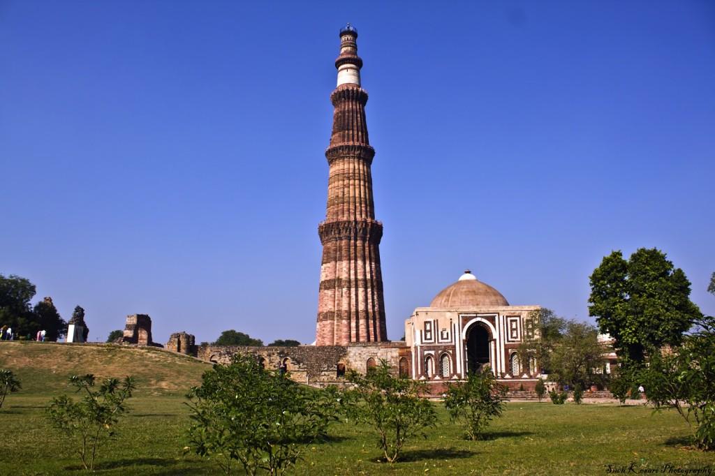 Monuments of India - Qutub minar hindu temple
