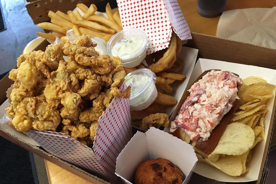 5 Ways To Make Memorable National Deep Fried Clams Day - 2016